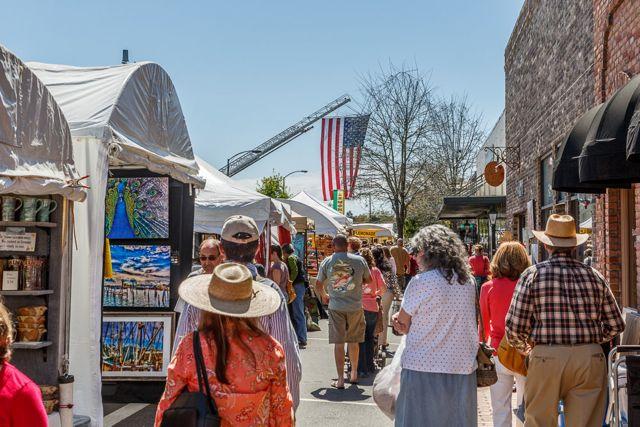 arts & crafts festival - fairhope, Alabama