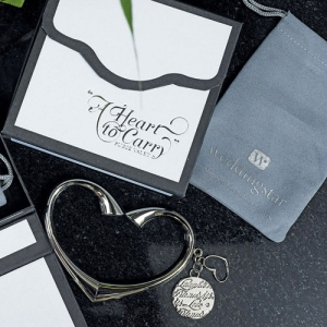 personalized wedding gifts canada