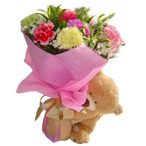 bear hug bouquet - gifts to Canada