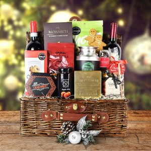 Cool Christmas Gifts Canada-AMPLE WINE CHRISTMAS GIFT BASKET