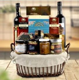 The Castelli Romania Wine Gift Basket