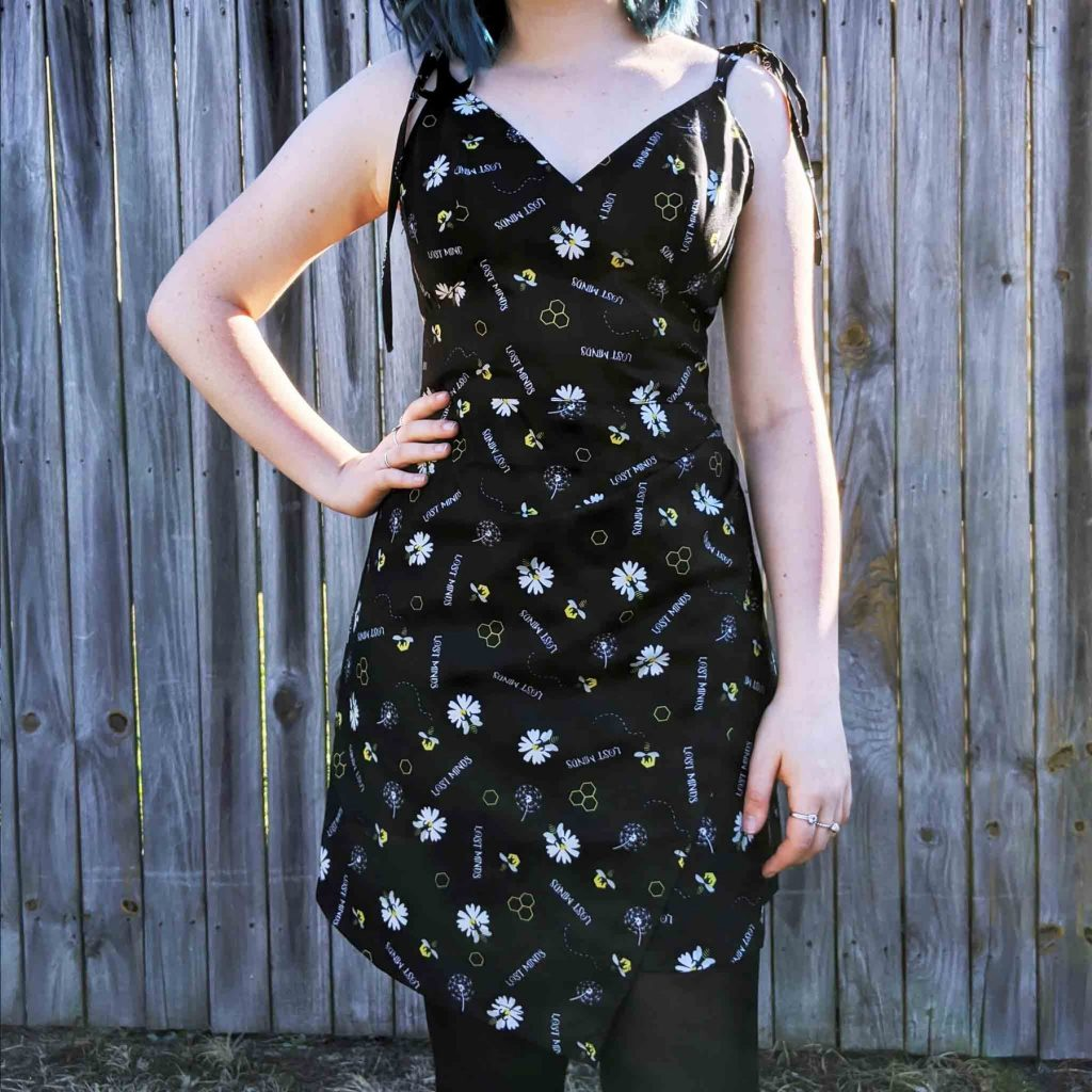 Alternative Plus Size Clothing-Lost Minds Oh, Honey! Bee Print Dress